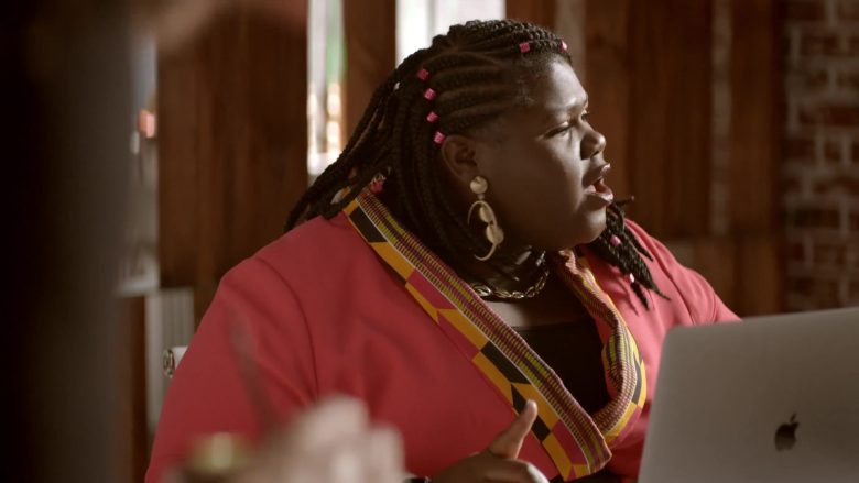 Apple MacBook Laptop Used by Gabourey Sidibe as Becky in Empire Season 6 Episode 10 Cold Cold Man (2)