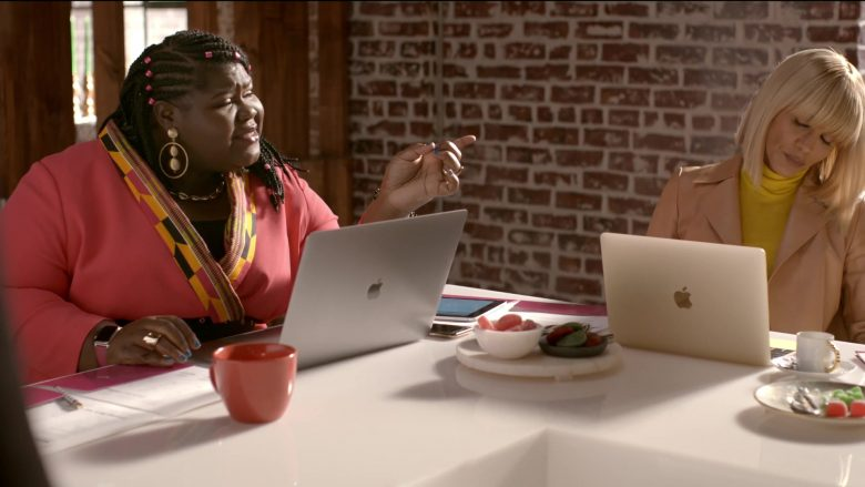 Apple MacBook Laptop Used by Gabourey Sidibe as Becky in Empire Season 6 Episode 10 Cold Cold Man (3)