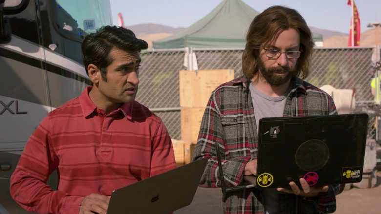 Apple MacBook Laptop Used by Kumail Nanjiani as Dinesh in Silicon Valley Season 6 Episode 6 (2)