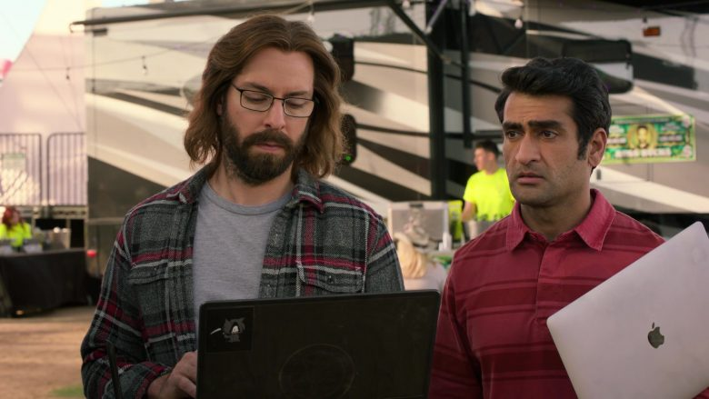 Apple MacBook Laptop Used by Kumail Nanjiani as Dinesh in Silicon Valley Season 6 Episode 6 (3)