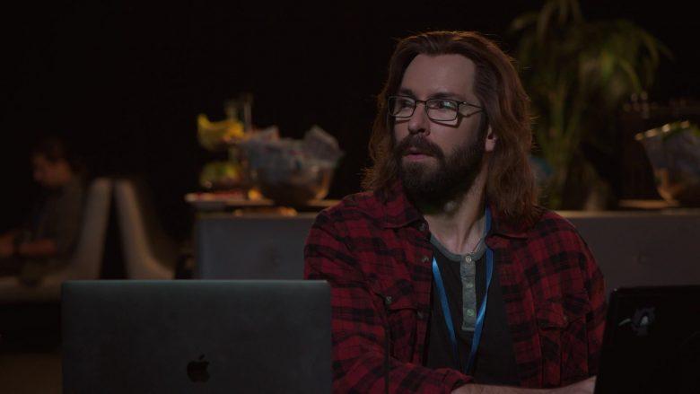 Apple MacBook Laptop Used by Martin Starr as Bertram Gilfoyle in Silicon Valley Season 6 Episode 7 (2)