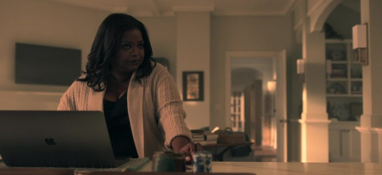 Apple MacBook Laptop Used by Octavia Spencer as Poppy Parnell in Truth Be Told Season 1 Episode 5 Graveyard Love (1)