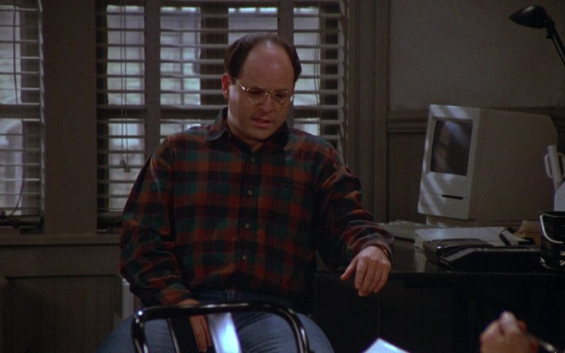 Apple Macintosh Computer in Seinfeld Season 4 Episode 13 The Pick