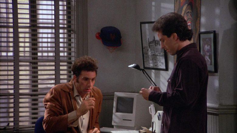 Apple Macintosh Computer in Seinfeld Season 4 Episode 9 The Opera (1)