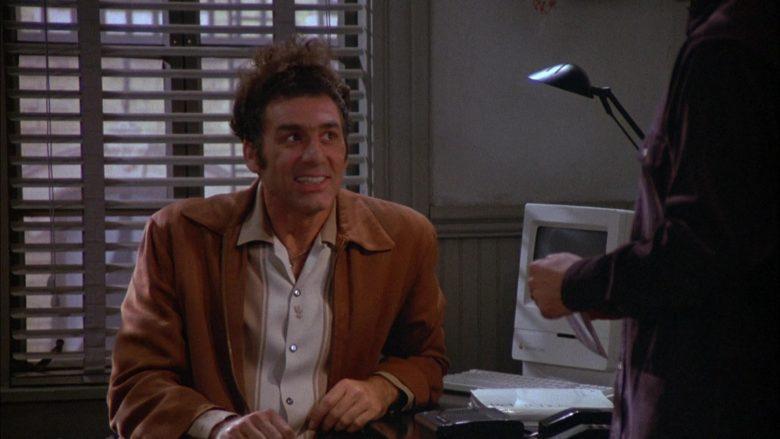Apple Macintosh Computer in Seinfeld Season 4 Episode 9 The Opera (2)
