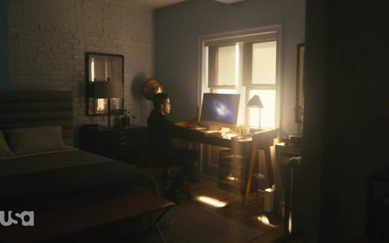 Apple iMac All-In-One Computer Used by Rami Malek as Elliot Alderson in Mr. Robot Season 4 Episode 12 Series Finale Part 1 (1)