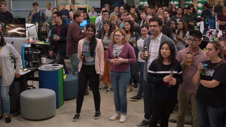 Apple iMac Computers in Silicon Valley Season 6 Episode 1 (2)