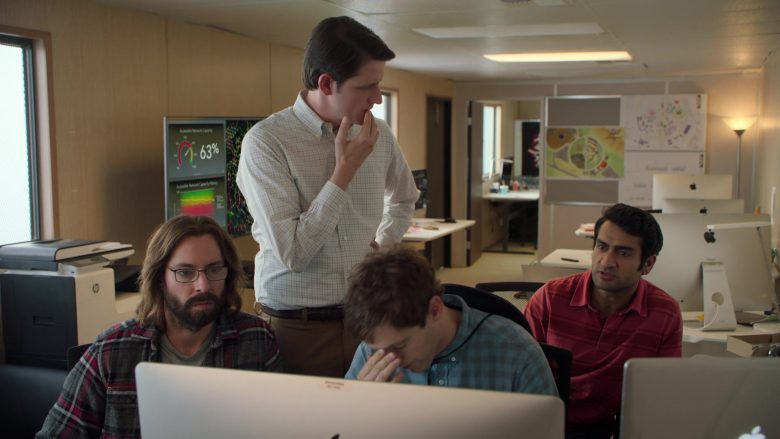 Apple iMac Computers in Silicon Valley Season 6 Episode 6 RussFest (4)