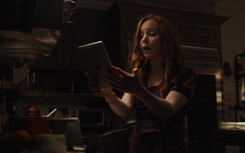 Apple iPad Tablet Used by Lauren Ambrose as Dorothy Turner in Servant Season 1 Episode 6