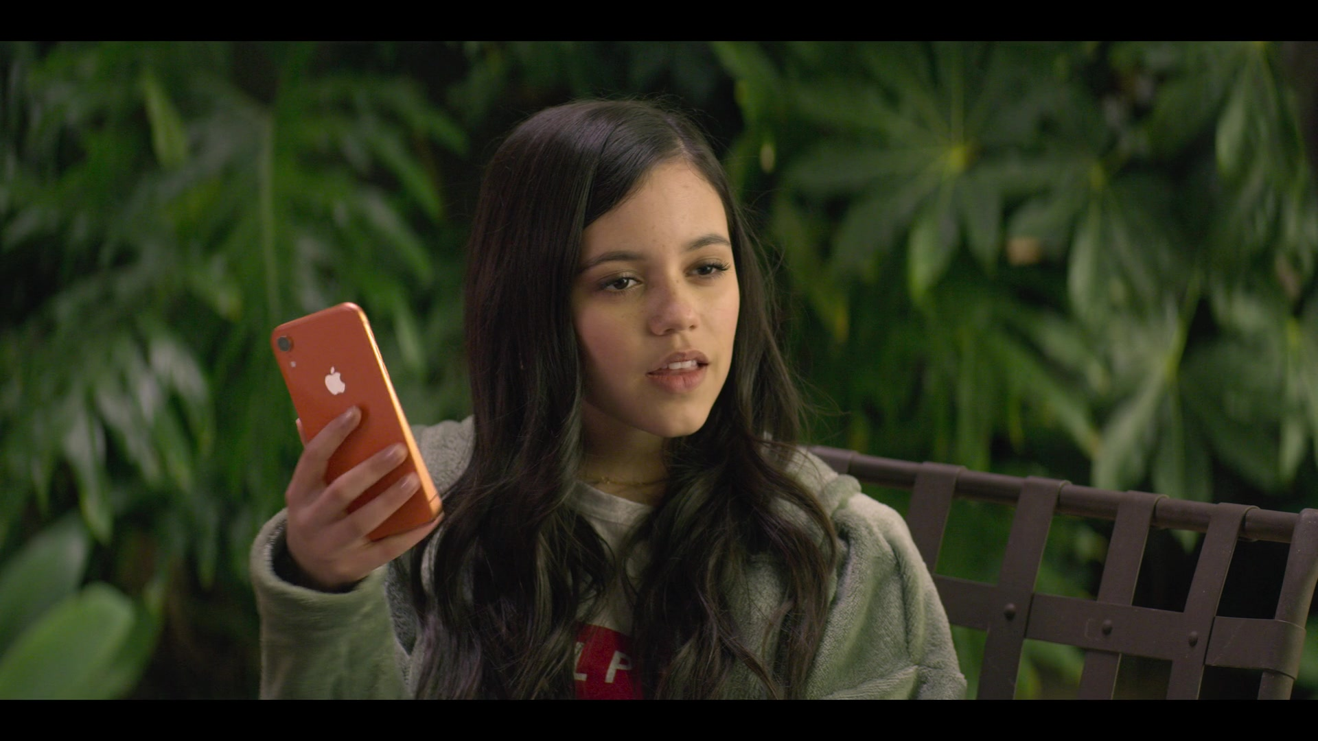 Apple Iphone Smartphone Held By Jenna Ortega As Ellie Alves