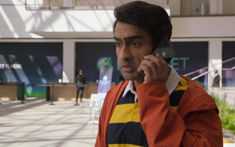 Apple iPhone Smartphone Used by Kumail Nanjiani as JAVA Programmer Dinesh Chugtai in Silicon Valley Season 6 Episode 7 (1)