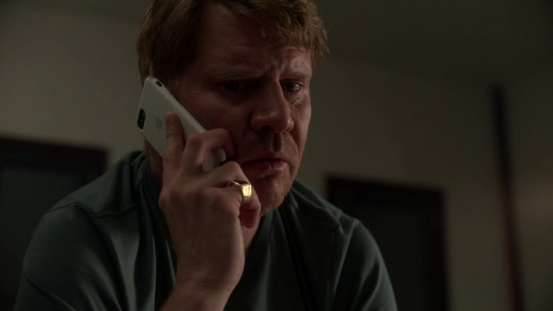 Apple iPhone Smartphone with Case Used by Dash Mihok as Bunchy in Ray Donovan Season 7 Episode 5 An Irish Lullaby