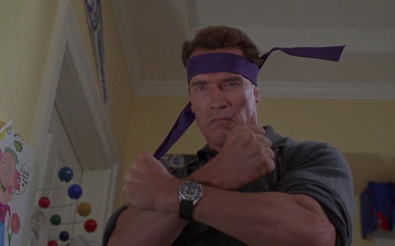 Armitron Diver Wrist Watch Worn by Arnold Schwarzenegger in Jingle All the Way (1996)