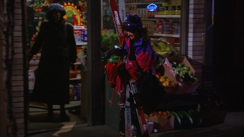 Atomic Arc Skis Held by Julia Louis-Dreyfus as Elaine Benes in Seinfeld Season 6 Episode 17 (2)