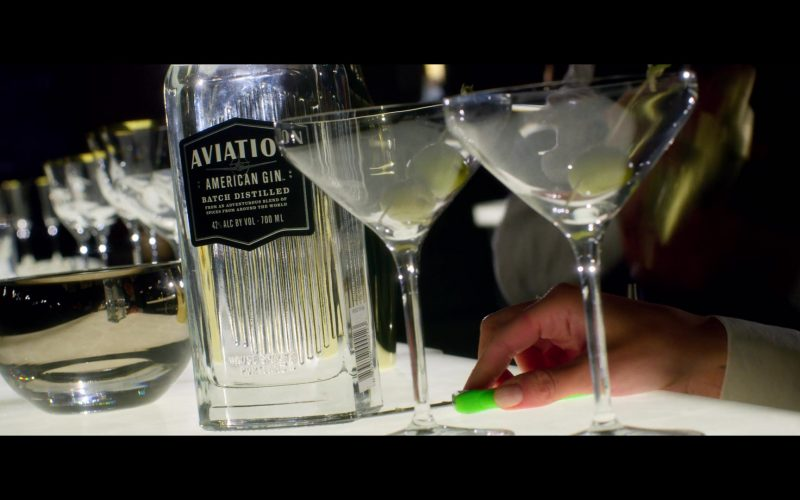 Aviation American Gin Enjoyed by Ryan Reynolds in 6 Underground (1)