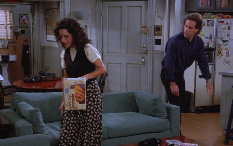 Bachman Hard Pretzels Enjoyed by Julia Louis-Dreyfus as Elaine Benes in Seinfeld Season 7 Episode 6 The Soup Nazi (2)