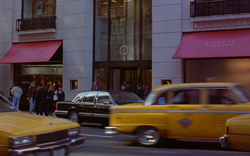 Barneys New York Store in Seinfeld Season 6 Episode 9 The Secretary (1)