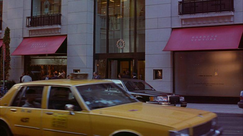 Barneys New York Store in Seinfeld Season 6 Episode 9 The Secretary (2)