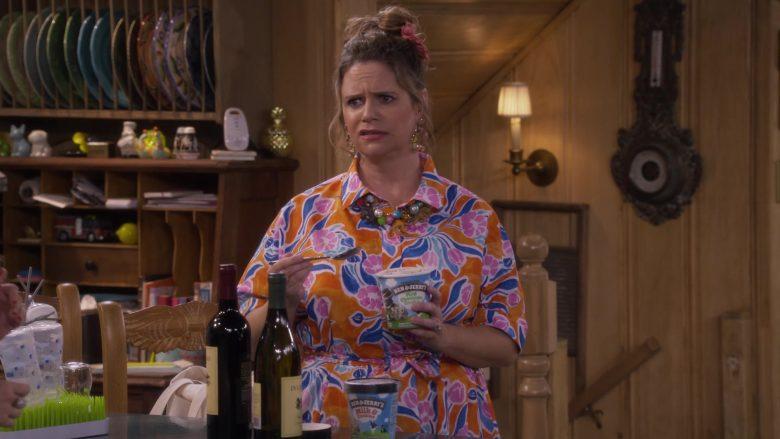 Ben & Jerry's Ice Cream in Fuller House Season 5 Episode 7 (2)