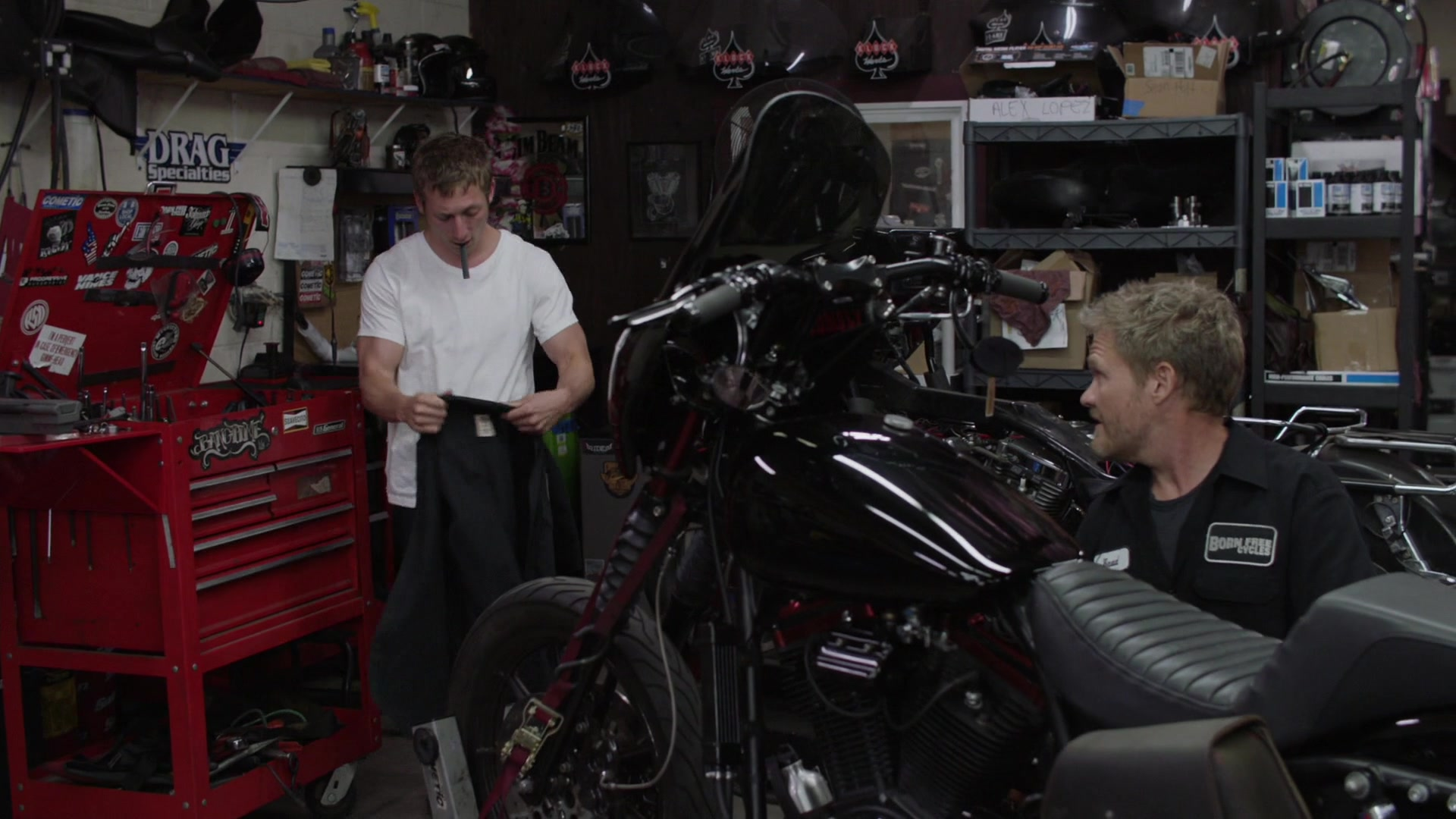 Born Free Cycles Motorcycle Shop In Shameless Season 10 Episode 5 Sparky 2019