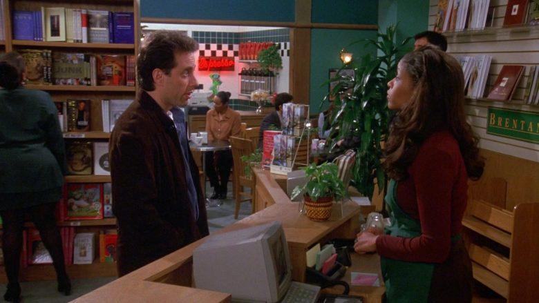 Brentano's Store in Seinfeld Season 9 Episode 17 The Bookstore (5)