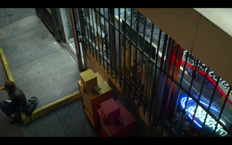 Bud Light Neon Sign in YOU Season 2 Episode 9 P.I. Joe