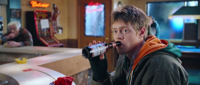 Budweiser Beer Enjoyed by Kris Marshall in Love, Actually (1)