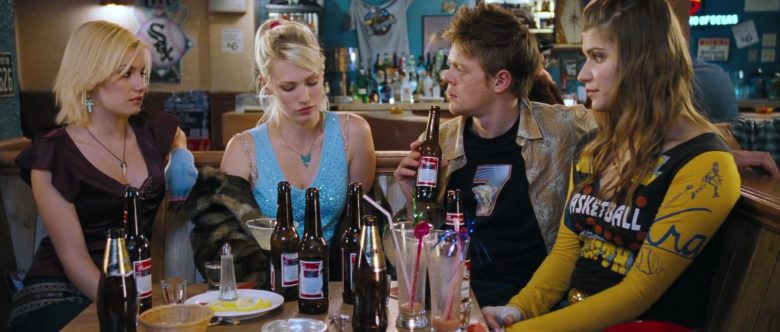 Budweiser Beer Enjoyed by Kris Marshall in Love, Actually (2)