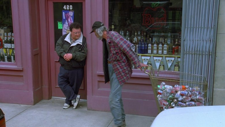 Budweiser Sign and Coca-Cola and Pepsi Cans in Seinfeld Season 7 Episode 21-22