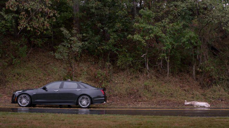 Cadillac Car in Ray Donovan Season 7 Episode 5 An Irish Lullaby (2)