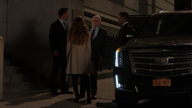 Cadillac Escalade SUV in Ray Donovan Season 7 Episode 7 The Transfer Agent (2)
