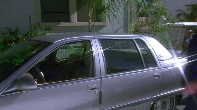 Cadillac Fleetwood Brougham Car in Seinfeld Season 7 Episode 14-15 The Cadillac (2)