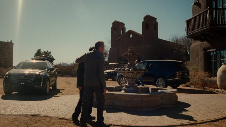 Cadillac XT5 SUV in Succession Season 1 Episode 7 Austerlitz (1)