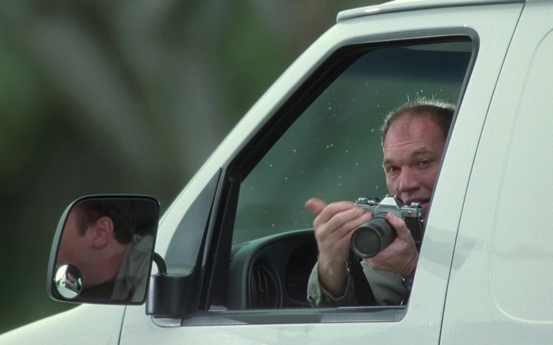 Canon Camera in K-911 (1999)