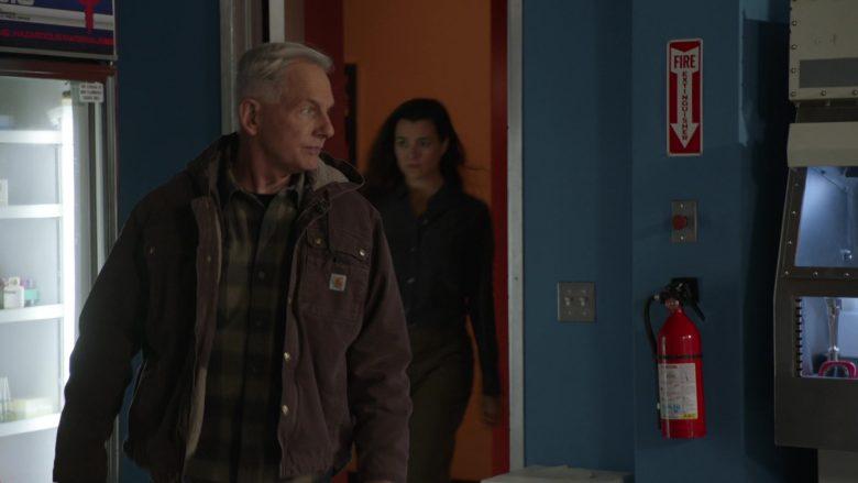 Carhartt Jacket Worn by Mark Harmon as Leroy Jethro Gibbs in NCIS Season 17 Episode 10 The North Pole (3)
