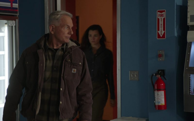 Carhartt Jacket Worn by Mark Harmon as Leroy Jethro Gibbs in NCIS Season 17 Episode 10 The North Pole (3)