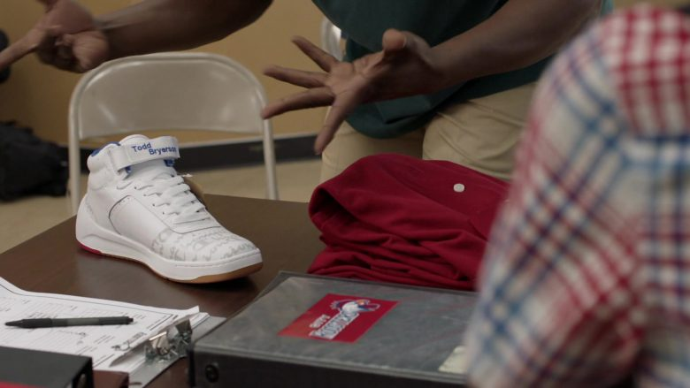 "Champion Sneakers in Shameless Season 10 Episode 5 ""Sparky"" (2019) - TV Show Product Placement"