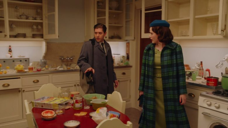 Cheerios Cereal in The Marvelous Mrs. Maisel Season 3 Episode 2