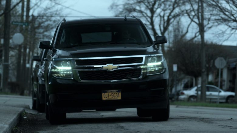 Chevrolet SUVs in V Wars Season 1 Episode 2 Blood Brothers (1)