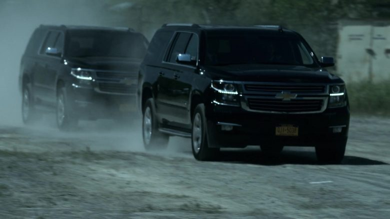 Chevrolet SUVs in V Wars Season 1 Episode 2 Blood Brothers (4)