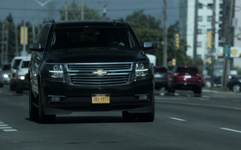 Chevrolet Suburban SUVs in V Wars Season 1 Episode 7 (1)