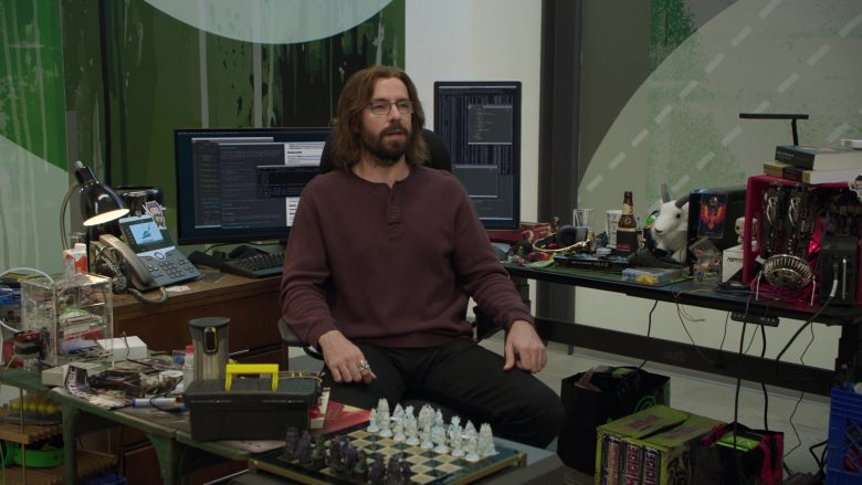 "Cisco Phone, Dell Monitors, Homicide Energy Drinks in Silicon Valley Season 6 Episode 6 ""RussFest"" (2019) - TV Show Product Placement"