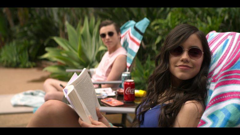 Coca-Cola Soft Drink Enjoyed by Jenna Ortega as Ellie Alves in YOU Season 2 Episode 4 The Good, The Bad & The Hendy (2)
