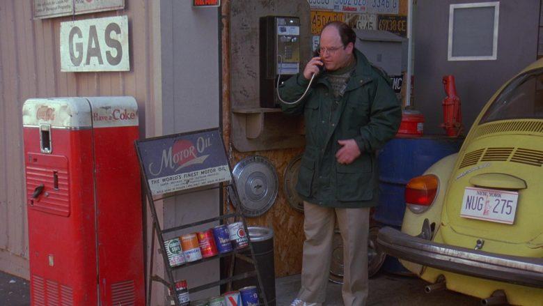 Coca-Cola Vintage Vending Machine in Seinfeld Season 7 Episode 12 The Caddy