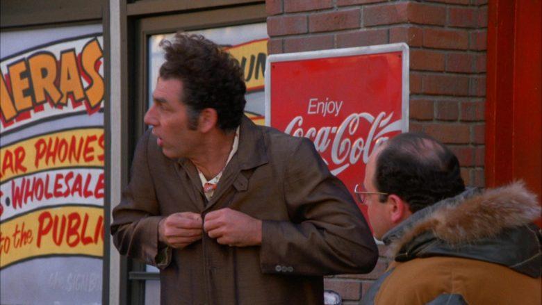 Coca-Cola in Seinfeld Season 5 Episode 13 The Dinner Party (1)