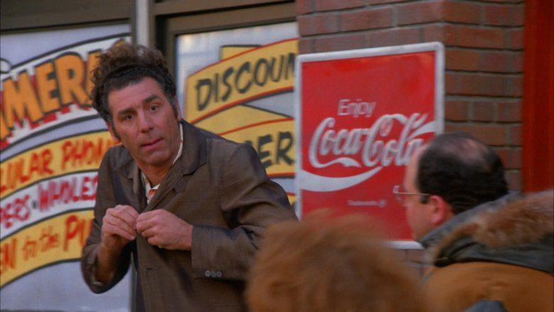 Coca-Cola in Seinfeld Season 5 Episode 13 The Dinner Party (2)