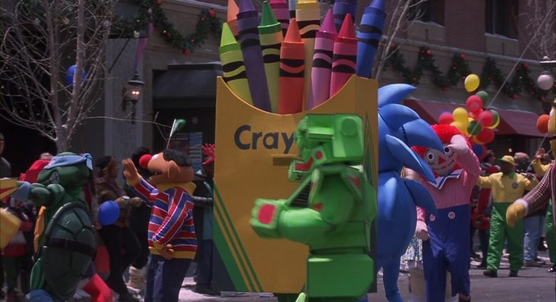 Crayola Crayons in Jingle All the Way (4)