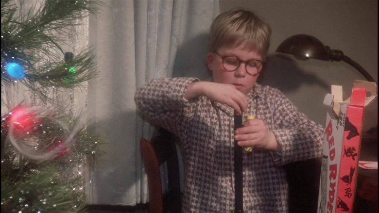Daisy Red Ryder Gun Held by Peter Billingsley as Ralphie in A Christmas Story (8)