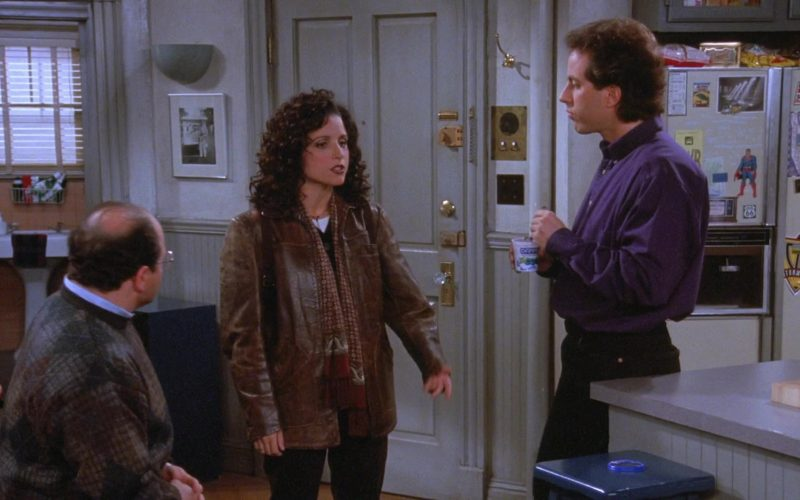 Dannon Yogurt Held by Jerry Seinfeld in Seinfeld Season 7 Episode 9 The Sponge (1)