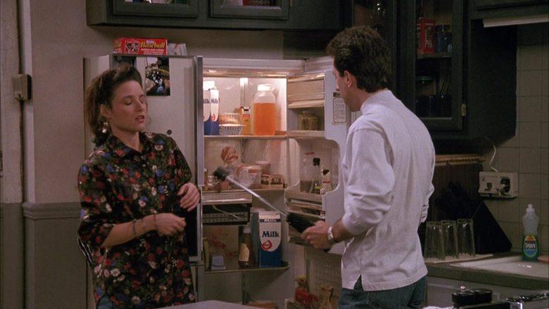 Dawn Dishwashing Liquid Dish Soap in Seinfeld Season 1 Episode 3 (2)
